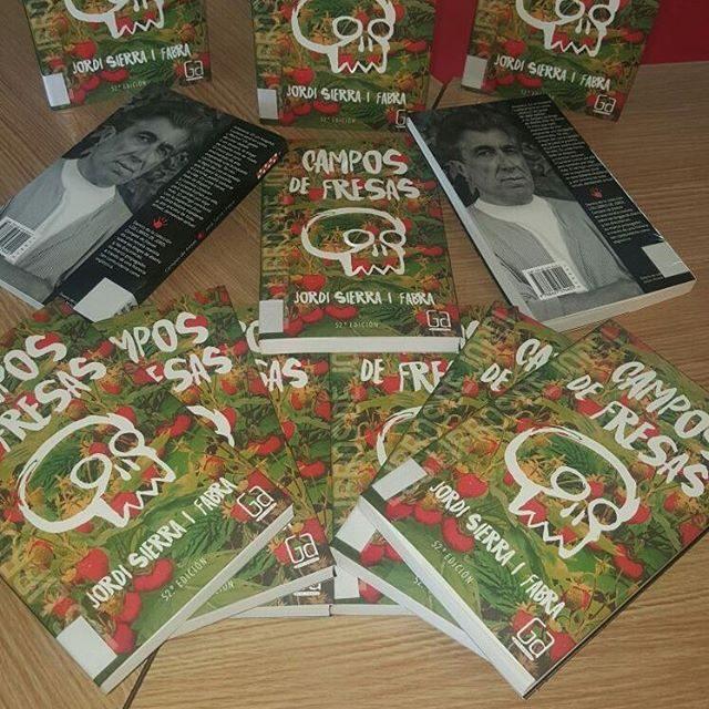 Concurso bookface participa17  Pedro Acua bibliojesuitasburgos santillana